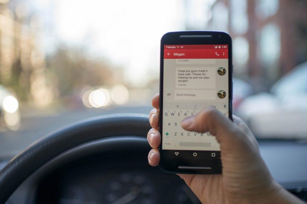 Utah House endorses bill to ban drivers' hand-held phone use